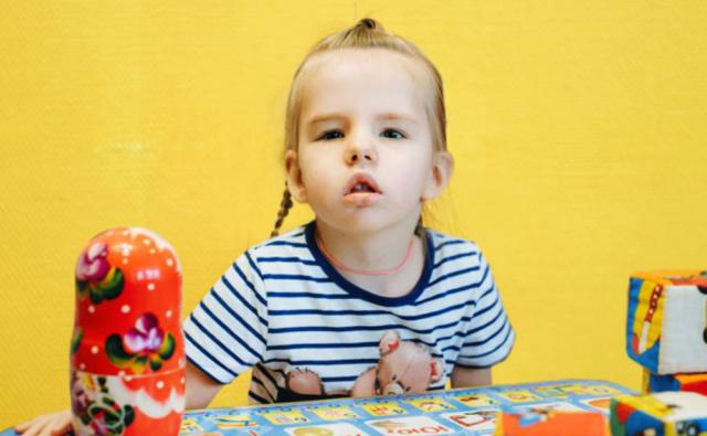 Thumbnail for - Таня Никулина, 4 года, пороки развития, Вельск